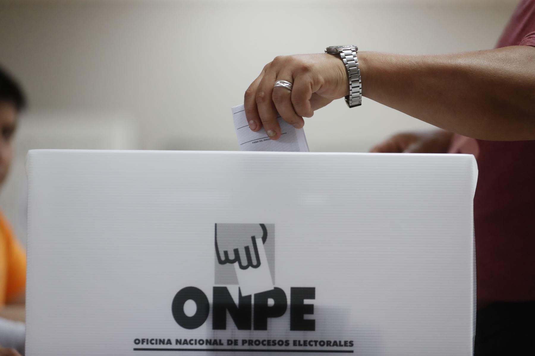 Elecciones generales en Perú 2021